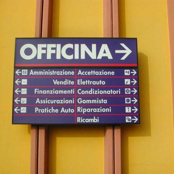 Frecce Segnaletiche Brescia, Treccani Pubblicità